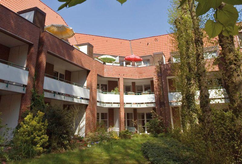 CURA Seniorencentrum Haus Lerchenberg GmbH